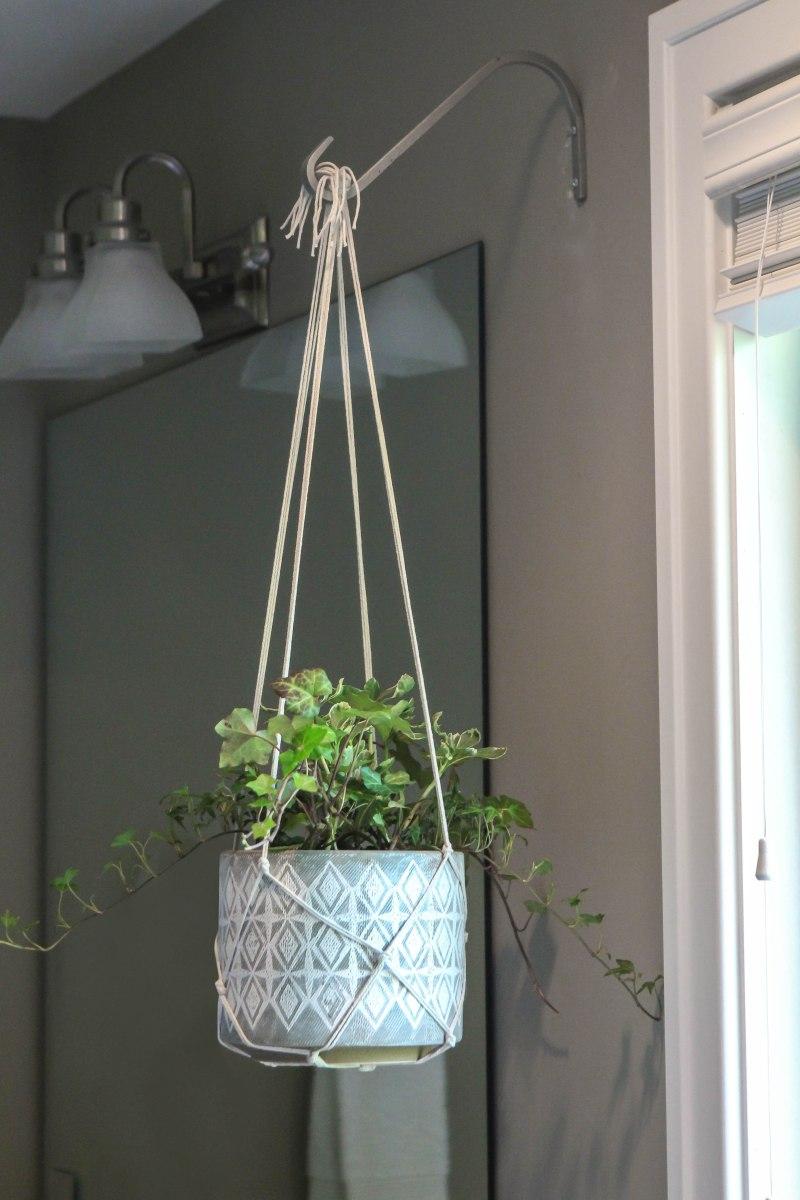macrame hanging plant holder ruggy diy